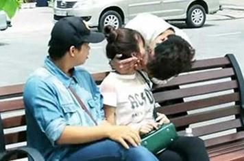 Kiss Cam - cưỡng hôn trên đường: Văn minh hay trò lố?