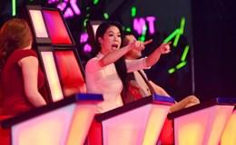 """Thu Phương tranh cãi với Mỹ Tâm tại The Voice vì """"phá cách"""" nhạc đỏ"""
