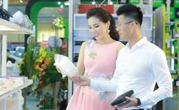 """Hoa hậu Kỳ Duyên rạng rỡ đi sự kiện sau khi úp mở yêu """"đại gia"""""""