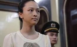 Hoa hậu Phương Nga và đại gia đều không đáng được bênh vực