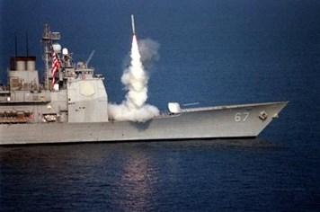 Tiết lộ khả năng đáng sợ của tên lửa Tomahawk Mỹ dùng tấn công Syria