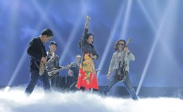 """Sốc khi nghe diva Thanh Lam hát """"Dáng đứng Việt Nam"""" phong cách Rock"""