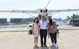 """Đạo diễn phim """"Kong: Đảo đầu lâu"""" thích thú thăm vinh Hạ Long"""
