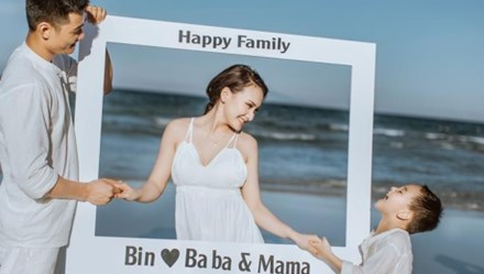 """Diễn viên Bảo Thanh """"Sống chung với mẹ chồng"""" lần đầu tiết lộ về chồng và con trai"""
