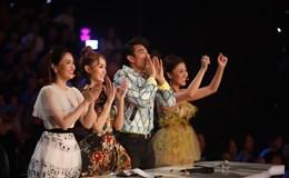 """Chung kết Vietnam Idol Kids 2017: Ban giám khảo """"nổi da gà"""" khi xem Thiên Khôi hát"""