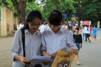 Hành động hạ đặt trái phép giàn khoan của Trung Quốc vào đề thi tiếng Anh