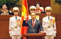 Hình ảnh Thủ tướng Nguyễn Xuân Phúc tuyên thệ nhậm chức