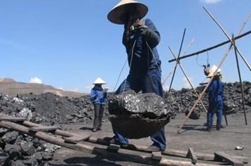 Ngành than: Lương giảm, chết vì tai nạn lao động tăng