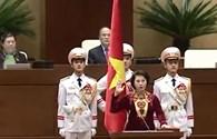 Video: Chủ tịch Quốc hội Nguyễn Thị Kim Ngân tuyên thệ trước Quốc hội