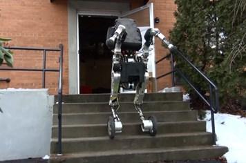 Rò rỉ video mẫu robot mới của Mỹ gây sốc
