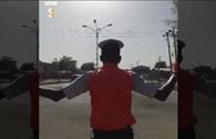 CSGT điều tiết giao thông bằng điệu nhảy kiểu Michael Jackson