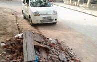 Phế thải đổ lòng đường