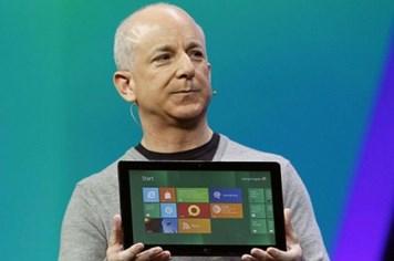 Microsoft: iPad Mini chỉ là món đồ chơi đắt đỏ