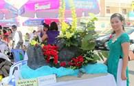 Hội thi cắm hoa nghệ thuật và làm bánh truyền thống hướng về biển, đảo quê hương