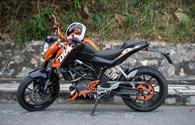 Môtô KTM Duke 125: Đắt xắt ra miếng