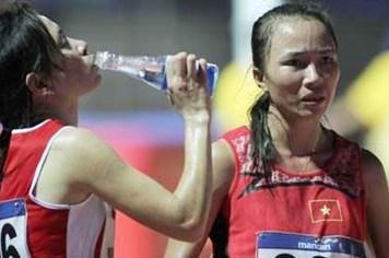 SEA Games 27: Tin vui đầu tiên, Phạm Thị Bình giành HCV marathon nữ