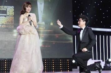 Valentine nói chuyện cầu hôn của sao Châu Á