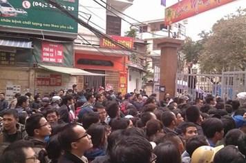 Tạm dừng tiêm vaccine 5 trong 1 tại Hà Nội