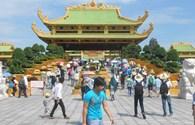 Khu du lịch Đại Nam mở cửa miễn phí: Hơn 100.000 người đổ về, không còn chỗ giữ xe