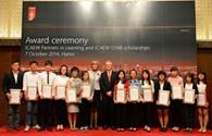 ICAEW trao học bổng cho 15 sinh viên tài năng Việt Nam