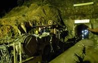 Vụ sập hầm thuỷ điện Đạ Dâng: Mũi khoan từ đỉnh đồi xuống hầm sập đã bị gãy