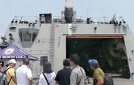 Chiêm ngưỡng tàu khu trục và tàu tác chiến hiện đại nhất hải quân Mỹ đến Đà Nẵng