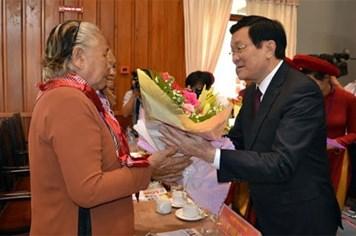 Chủ tịch nước Trương Tấn Sang dự lễ kỷ niệm 40 năm Ngày giải phóng miền Nam, thống nhất đất nước tại Long An