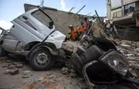 """Đặc phái viên Lao Động tại Nepal cảm giác """"đất như lún dưới chân"""" trong trận động đất thứ hai 7,3 độ richter"""