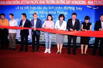 Hợp tác mở chuyến bay kích cầu du lịch Hồng Kông - Nha Trang