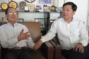 Bí thư Thành ủy Đinh La Thăng hỏi Giáo sư Trần Đông A kế giảm tải bệnh viện