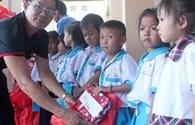 Quỹ Tấm Lòng Vàng Lao Động: Mang Trung thu đến với trẻ em nghèo