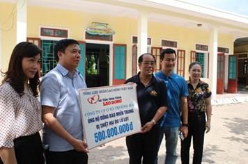 Cty Ôtô Trường Hải ủng hộ 500 triệu đồng tới đồng bào miền Trung bị thiệt hại do lũ lụt