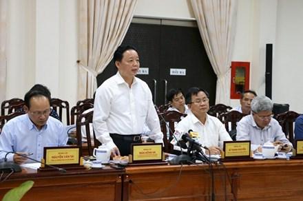 """Khảo sát sạt lở tại An Giang, Bộ trưởng Trần Hồng Hà """"nhắc khéo"""" chuyện khai thác cát"""