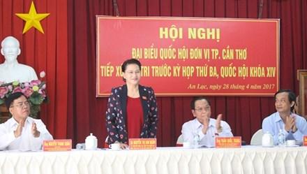 Cử tri Cần Thơ hỏi về tư cách đại biểu Quốc hội của ông Võ Kim Cự