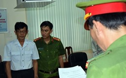 Khởi tố, bắt giam Chánh Thanh tra Sở Khoa học và Công nghệ tỉnh Trà Vinh