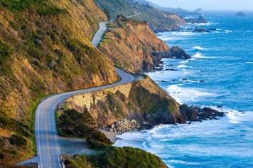 Mê mẩn cảnh sắc tuyệt đẹp của nước Mỹ trong chuyến du lịch bằng xe bus