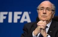 Phủ nhận tội danh, Sepp Blatter vẫn giữ ghế chủ tịch FIFA