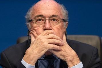 Sepp Blatter đổ bệnh vì áp lực từ dư luận