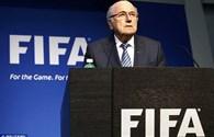 Chủ tịch FIFA Sepp Blatter phải nhập viện điều trị