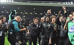 Những giây phút vỡ òa của Chelsea khi đăng quang ngôi vương