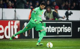 HLV Mourinho chọn Romeo chứ không phải De Gea cho chung kết Europa League