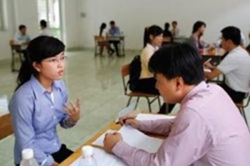 Mức lương sinh viên mới ra trường kỳ vọng khác xa thực tế