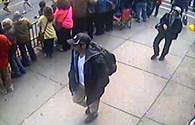 Mỹ công bố hình ảnh 2 nghi phạm trong vụ đánh bom tại Boston
