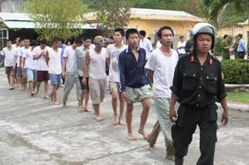 Bình Phước: Hàng trăm học viên cai nghiện đào tẩu