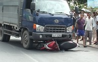 Xe tải đâm xe máy, 1 phụ nữ thiệt mạng