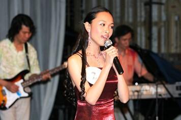 Nhìn lại hình ảnh Trương Hồ Phương Nga khi trở thành Hoa hậu