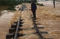 Thủ tướng chỉ đạo ứng phó, khắc phục ách tắc giao thông do mưa lũ