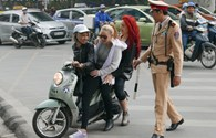Vi phạm giao thông, dù ai thì cũng phải phạt