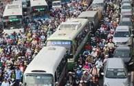 """Giải pháp """"tạm thời"""" chống ùn tắc giao thông"""