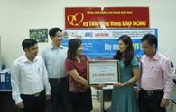 Hướng về biển đảo quê hương, CNVCLĐ tỉnh Lai Châu ủng hộ thêm 200 triệu đồng